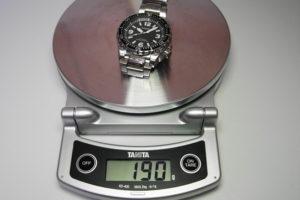 時計の重さチェック写真
